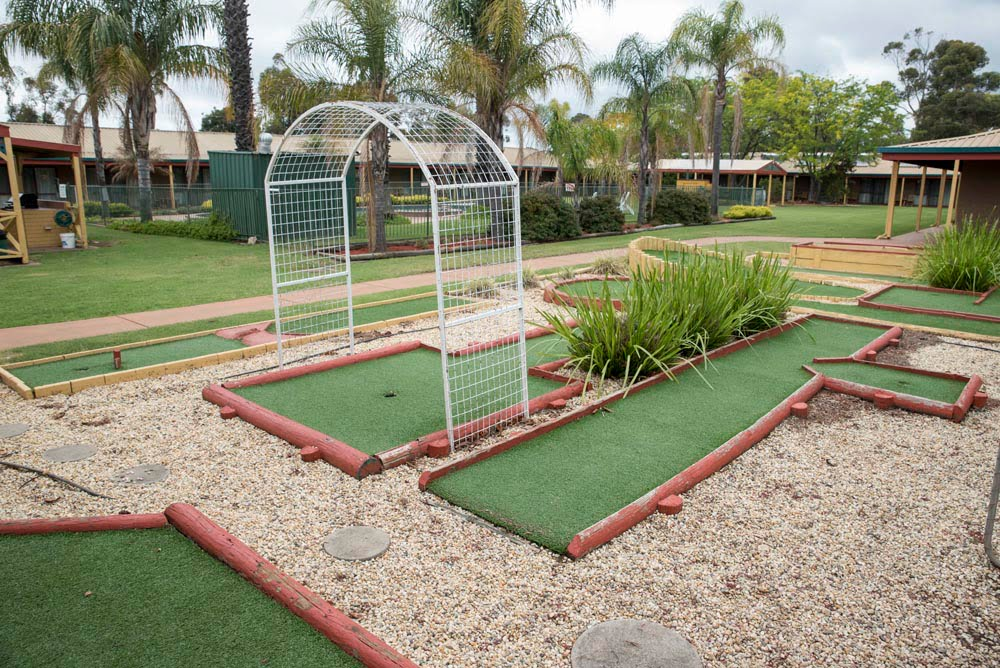 Barooga Country Inn Motel Mini Golf